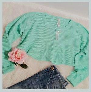 Threadzwear Sweaters - Mint Crop top