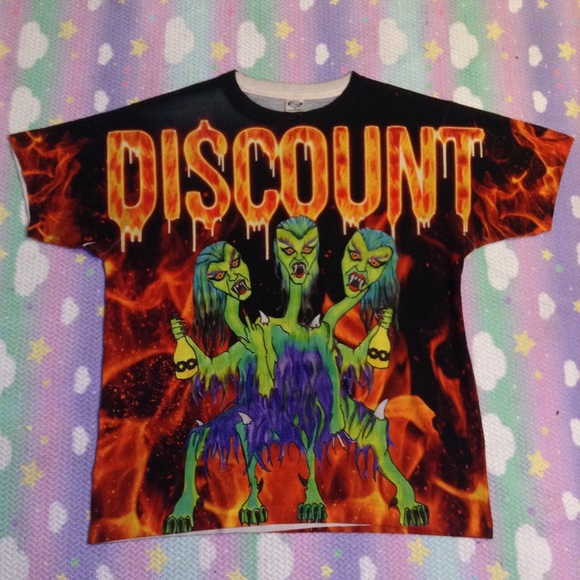 discount universe Tops - DISCOUNT UNIVERSE MONSTERS TEE SZ LARGE