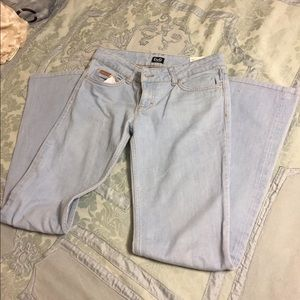 D&G Hotty Light Wash Flare Jeans Size 27