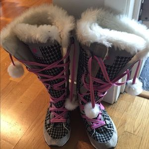 Nike Shoes - Nike boots winter hi 3 boots 8 1/2 tall snow shoe