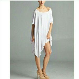 April Spirit Tops - Trendy Off-the-Shoulder Tunic (white)