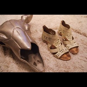 Belle by Sigerson Morrison Shoes - Belle :Sigerson Morrison Lasercut Gladiator Sandal