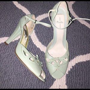 Paolo Pecora Shoes - Linea Paolo Vintage style heels!💕