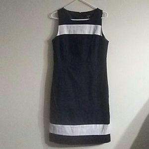 Black / white lined dress by Rafaella sz 10