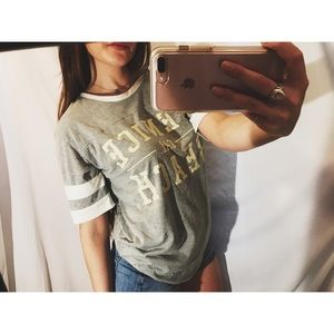 Forever 21 Tops - Graphic tee