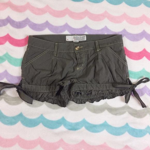 Guess Pants - Guess shorts