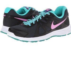 Nike Shoes - Nike Revolution 2 size 9.5