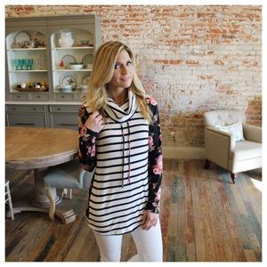 Tops - Navy striped cowl neck floral contrast pullover