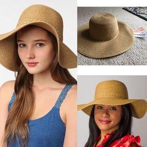 NWT mint straw floppy hat braided festival