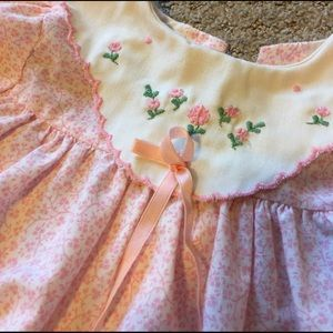 sears Other - Pink floral dress