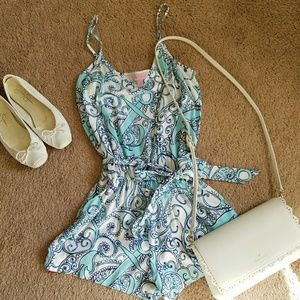 Lilly Pulitzer Pants - Lilly pulitzer size small romper
