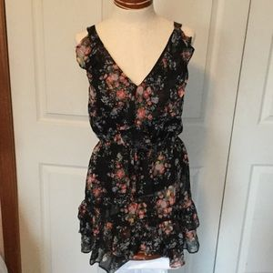 Myths Dresses & Skirts - Beautiful floral ruffle mini dress size small