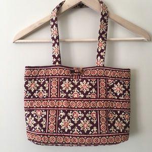 Vera Bradley Handbags - 🔻Sale🔻Set🍃Vera Bradley🍃 Tote & Wallet 🍃