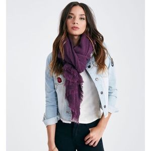 Accessories - NWT chevron weave oblong scarf