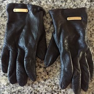 Burberry Lambskin Leather Gloves