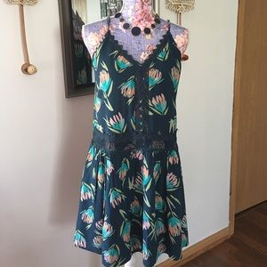 LC Lauren Conrad Dresses & Skirts - 🌸NEW Lauren Conrad Dress🌸