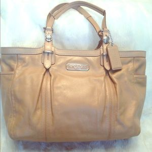 Coach Handbags - LARGE COACH East West LEATHER Tote