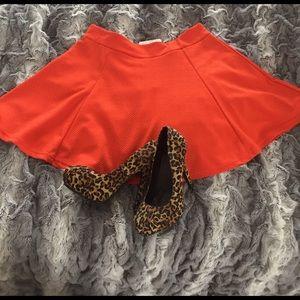 NWT Vibrant orange zipped back mini skater skirt