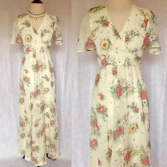 70s Maxi Dress 70s Floral Maxi 70s Floral Dress 1970s Maxi Dress Yellow Floral Dress Angel Sleeve Boho Maxi Dress s