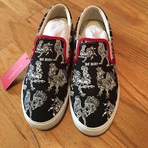 Bucket Feet Other - Bucketfeet Sneakers!