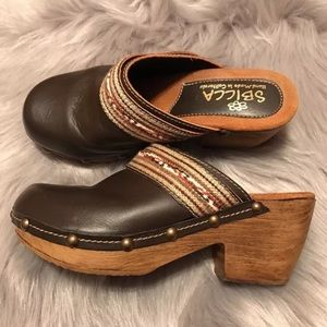 Sbicca Shoes - Sz 7 Sbicca Clogs