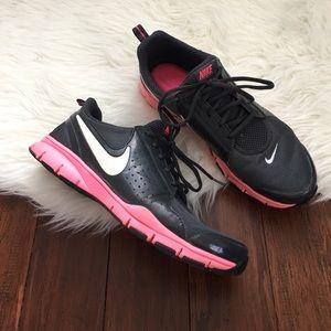 Nike Shoes - Nike In Season TR Memory Foam Sneakers