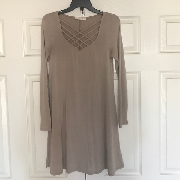 c2c5e52a4e353 Entro Tops - Criss-cross Dress Tunic - Dottie Couture Boutique