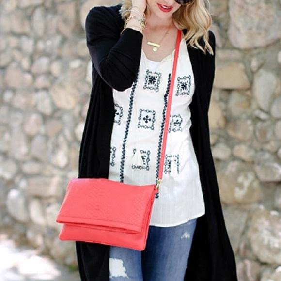 GiGi New York Bags - SALE❗️Gigi New York Coral Carly Convertible Clutch