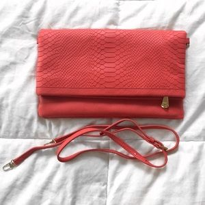 SALE❗️Gigi New York Coral Carly Convertible Clutch
