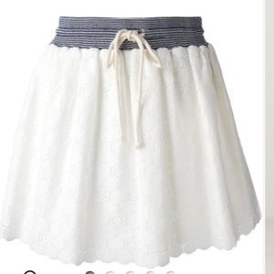 Band Of Outsiders Dresses & Skirts - Band of Outsiders Lace Scallop Skirt