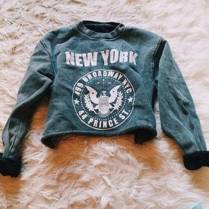Brandy Melville Cropped New York Sweatshirt RARE
