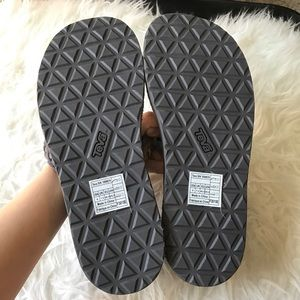 014ffd98fd14 Teva Shoes - NIB Teva Original Suede Braid thong sandal