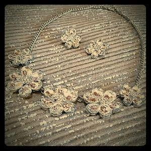 2xist Jewelry - 📣 PRICE REDUCED formal rhinestone set