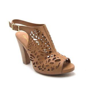 SHOEROOM21 boutique Shoes - Ladies peep toe backless stacked heels sandals.NIB