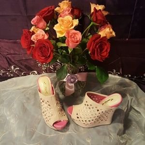 Alba Shoes - SALE TODAY ONLY🌹New slip on wedges 🌹