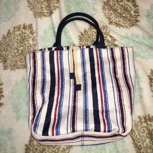 Handbags - Estée Lauder Beach Bag