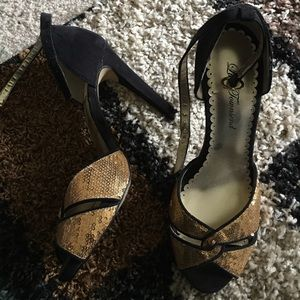 Lulu Townsend black and gold heels