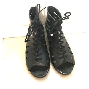 Open toed lace up 2in ankle boot heels