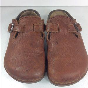 Birkenstock Shoes - Birkenstock Brown Pebbled Leather Clogs 230 L5 6