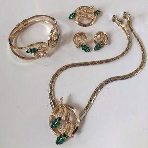 Oleg Cassini Jewelry - VINTAGE CASSINI 24k GP PARURE GREEN & FAUX PEARLS