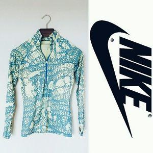 Nike Tops - Nike pro half zip! M