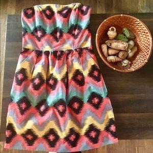 Rachel Roy Dresses & Skirts - NWOT Rachel Roy Strapless Aztec Print Dress