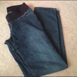 Maternity jeans size 4