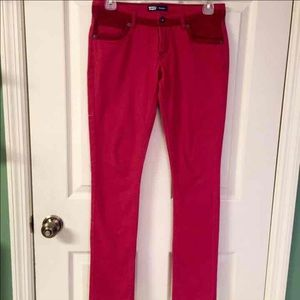Red two-tone skinny Levi's