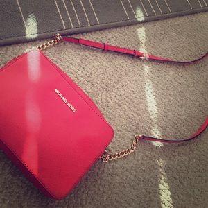 Michael Kors Handbags - Michael kors jet set travel
