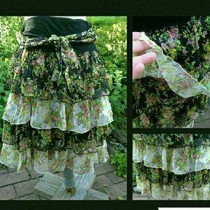 Sara Dresses & Skirts - EXQUISITE Sara Ditsy Floral Silk Tier GAUZY skirt