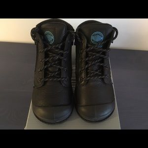 Palladium Other - Palladium toddler leather boots