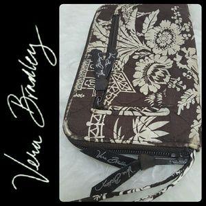 Vera Bradley Handbags - Vera Bradley Zipper Wallet Wristlet