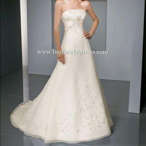 Mori Lee Dresses & Skirts - Mori Lee Wedding Gown