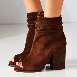 NEW In Box 10 Jeffrey Campbell Brown Suede